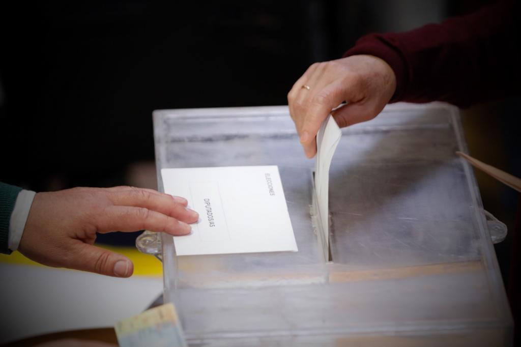 التصويت فى الانتخابات الاسبانية