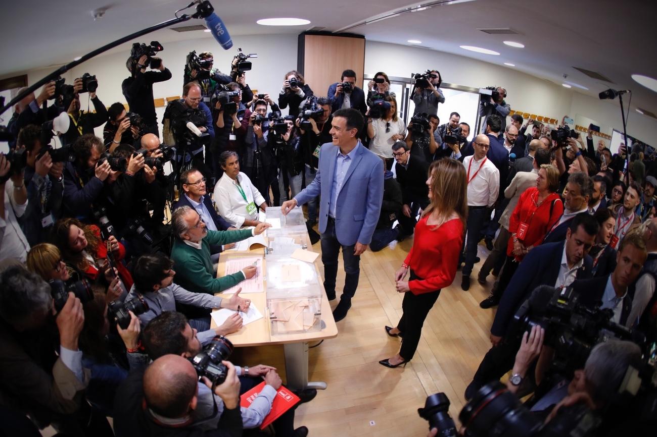 بيدرو سانتشيز زعيم الحزب الاشتراكى العمالى