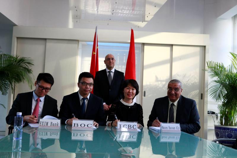 وزير الإسكان يشهد توقيع اتفاقية توقيع لتمويل حى المال والأعمال بالعاصمة الإدارية  (1)