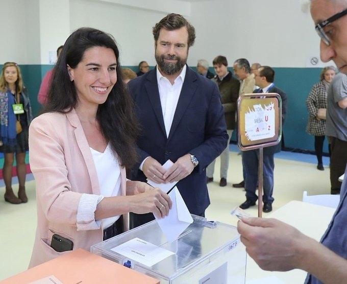 أول زعماء قوميين لفوكس  فى صوتون فى الانتخابات الاسبانية