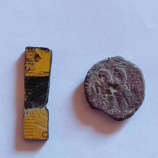 قطع الأثار المكتشفة بقويسنا بالمنوفية (5)