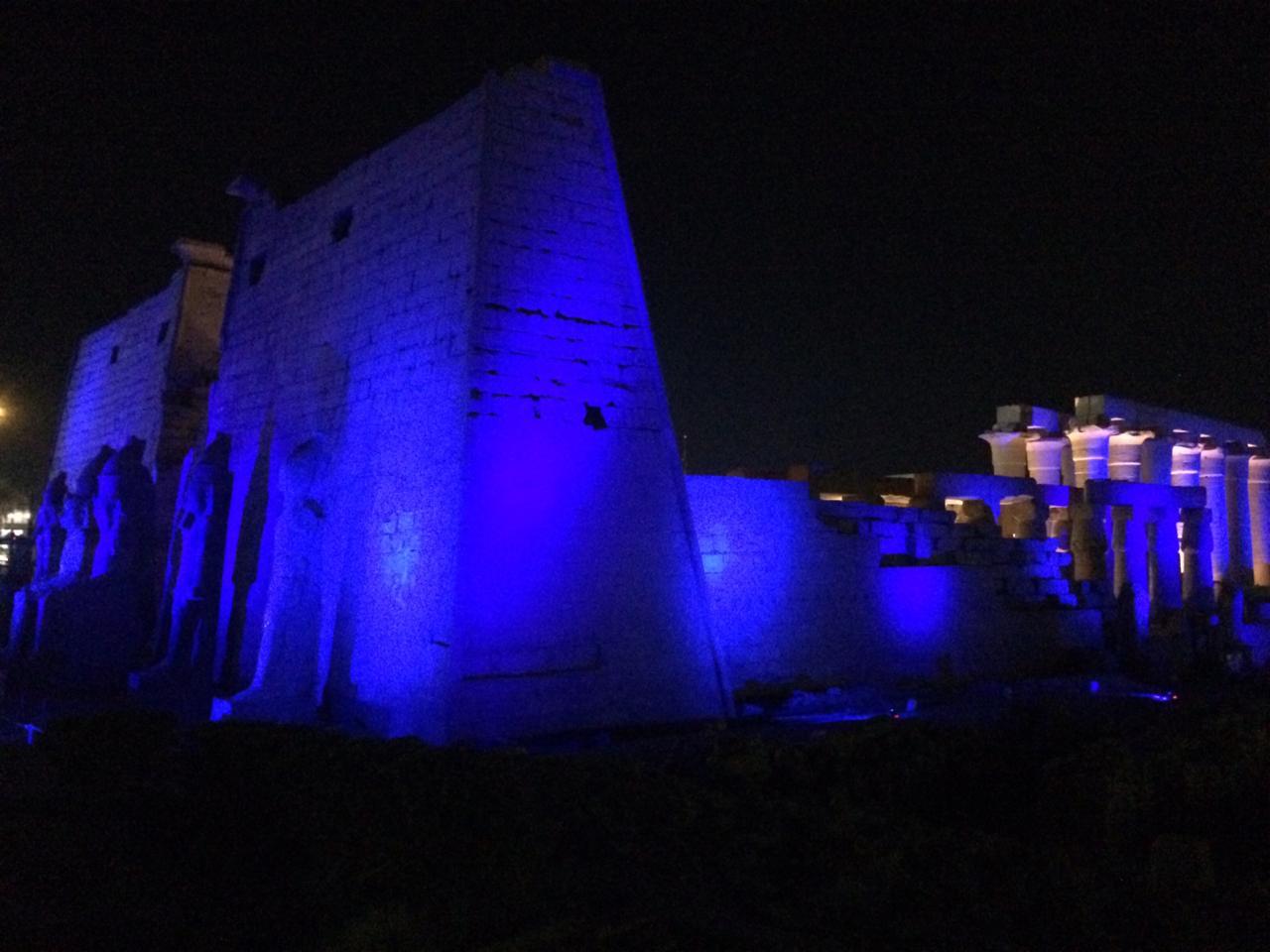 إضاءة معبد الأقصر وطريق الكباش (1)