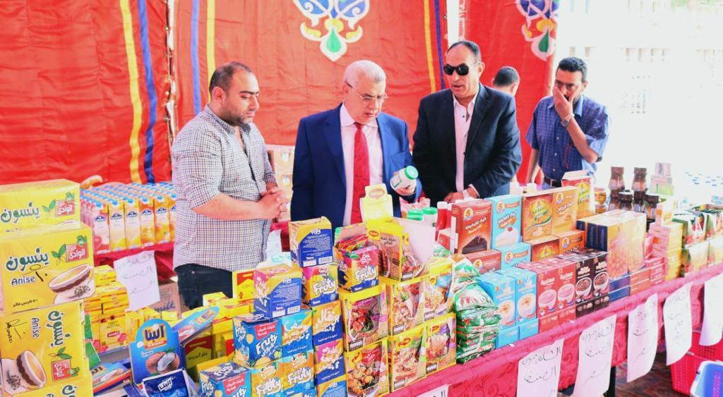 جانب من افتتاح سوبر ماركت اهلا رمضان (3)