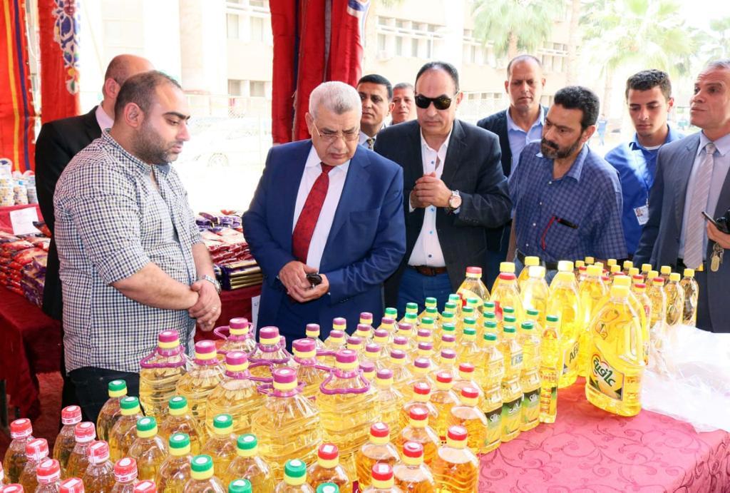 جانب من افتتاح سوبر ماركت اهلا رمضان (4)