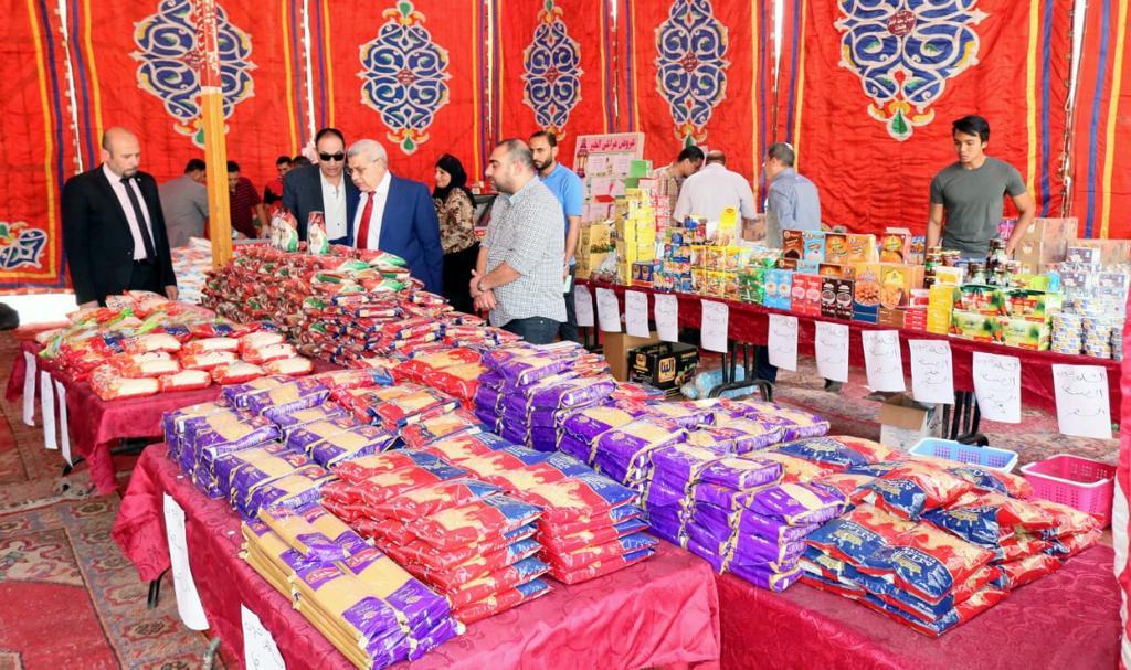 جانب من افتتاح سوبر ماركت اهلا رمضان (2)
