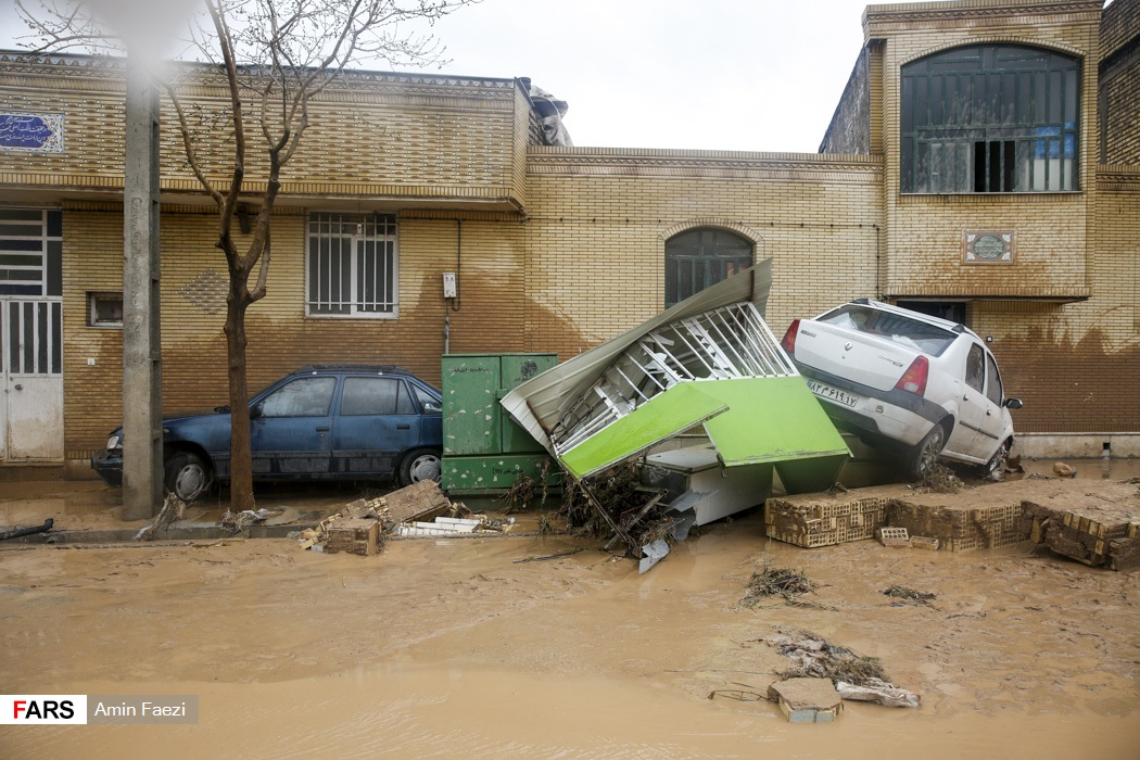السيول تدمر المنازل