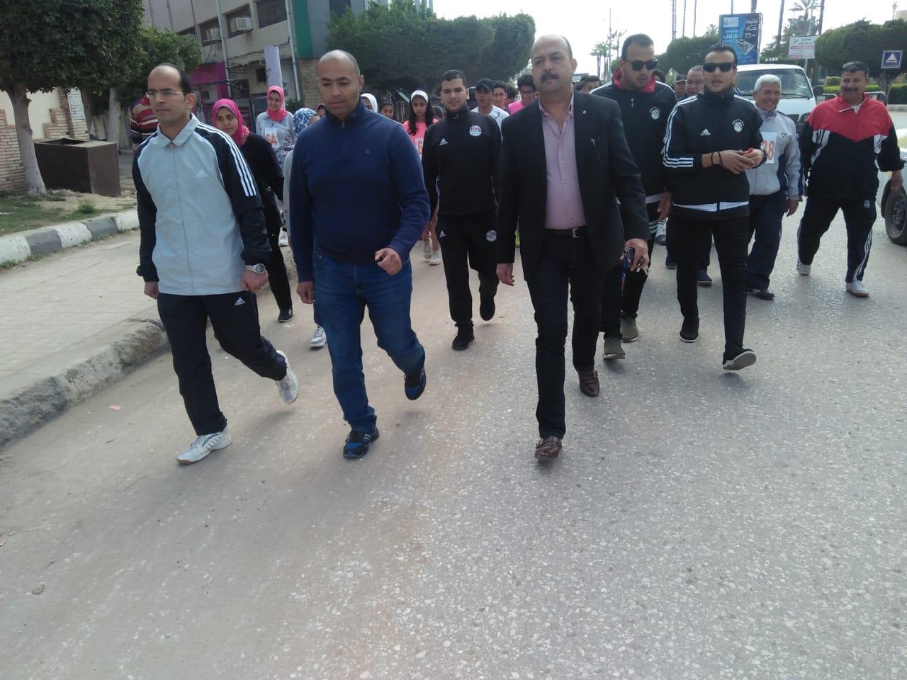 جري ومشي لتنشيط الأحياء السكنية بمدينة كفرالشيخ  (3)