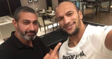 ياسر جلال مع لاعب المصارعة الرومانى كرم جابر