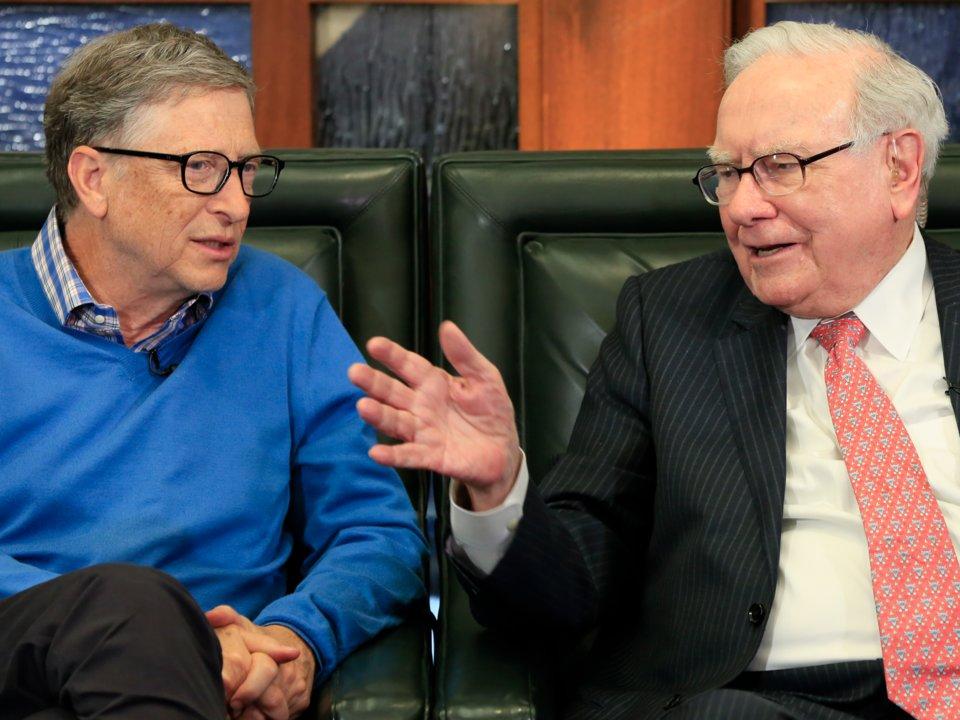 لم يشارك بيزوس في الأعمال الخيرية العامة بنفس القدر الذي مارسه العديد من أقرانه المليارديرات