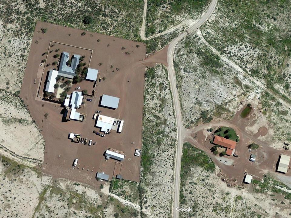جيف بيزوس يمتلك مزرعة في فان هورن فى تكساس