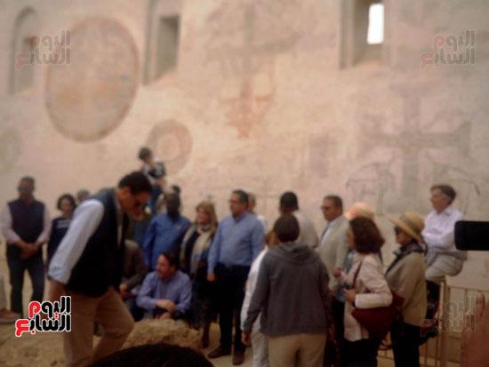 فى-الدير-الاحمر