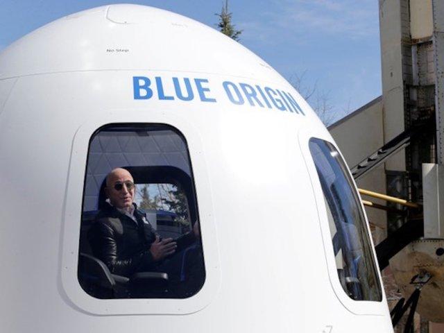 تعتزم بيزوس لـ Blue Origin دعم رحلات الفضاء البشرية على نطاق واسع