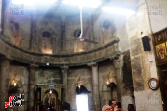 الدير-الأبيض-(1)
