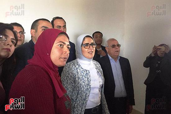 زيارة-وزيرة-الصحة-لبورسعيد-(2)