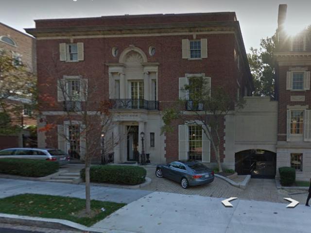 اشترى جيف بيزوس منزل مستقل في واشنطن