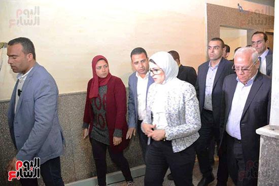 زيارة-وزيرة-الصحة-لبورسعيد-(8)