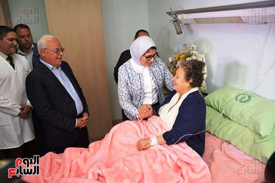 زيارة-وزيرة-الصحة-لبورسعيد-(14)