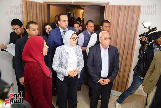 زيارة-وزيرة-الصحة-لبورسعيد-(12)