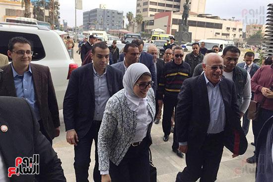 زيارة-وزيرة-الصحة-لبورسعيد-(3)