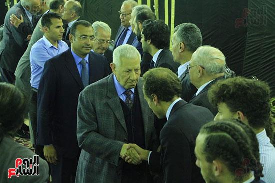 عزاء الدكتور أحمد كمال أبو المجد (24)