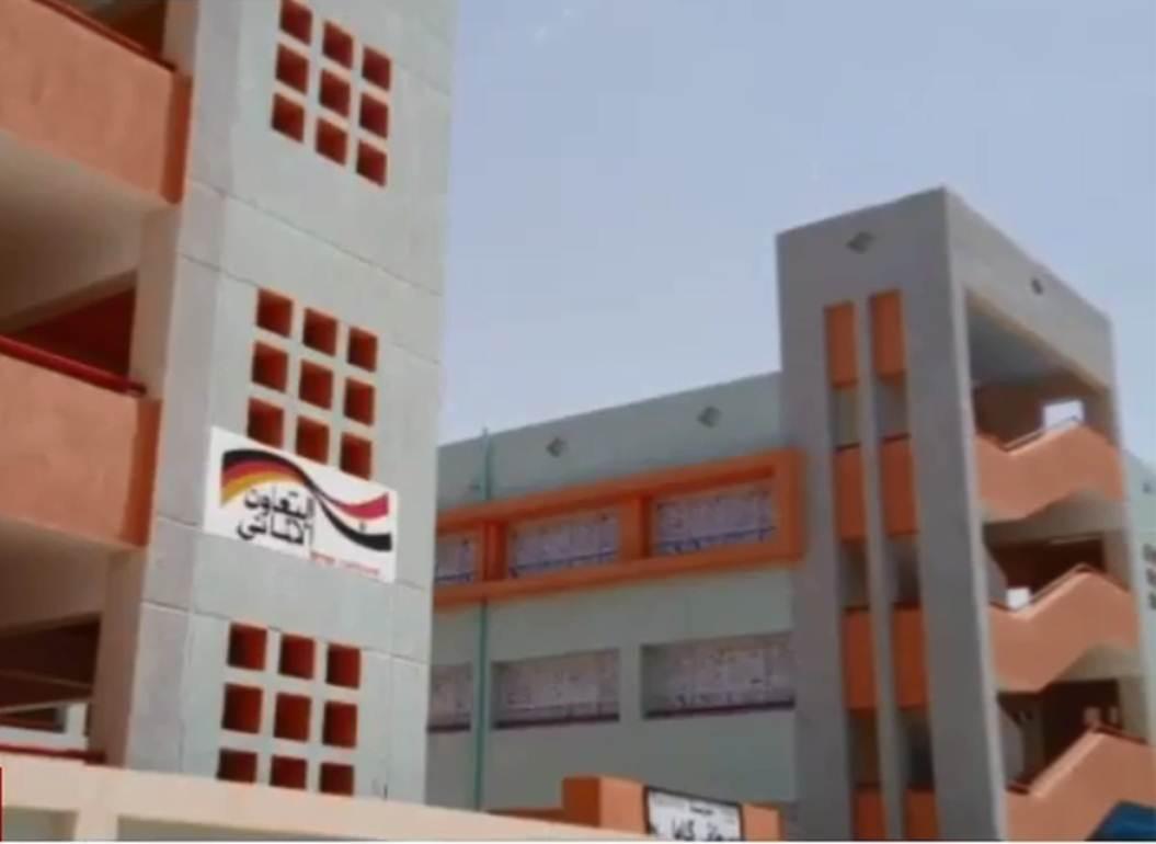 مدرسة مصطفى كامل بأم القصور بمنفلوط (3)