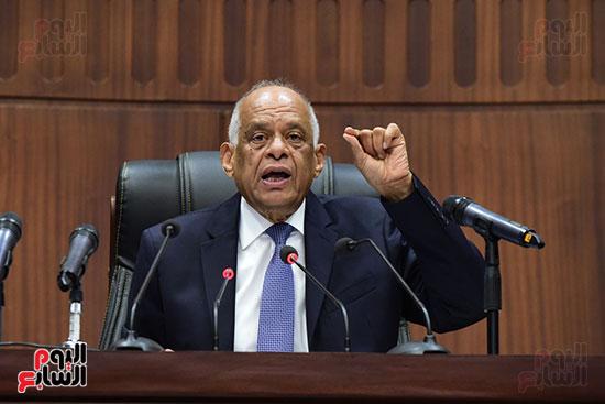 اجتماع لجنة الشئون الدستورية والتشريعية برئاسة الدكتور على عبد العال رئيس مجلس النواب (10)