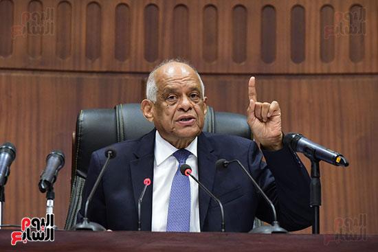 اجتماع لجنة الشئون الدستورية والتشريعية برئاسة الدكتور على عبد العال رئيس مجلس النواب (9)