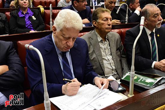 اجتماع لجنة الشئون الدستورية والتشريعية برئاسة الدكتور على عبد العال رئيس مجلس النواب (4)