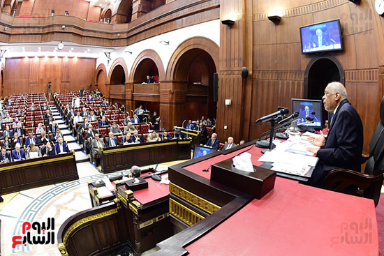 اجتماع لجنة الشئون الدستورية والتشريعية برئاسة الدكتور على عبد العال رئيس مجلس النواب (12)