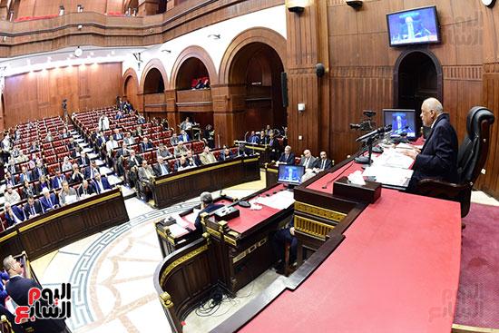 اجتماع لجنة الشئون الدستورية والتشريعية برئاسة الدكتور على عبد العال رئيس مجلس النواب (13)