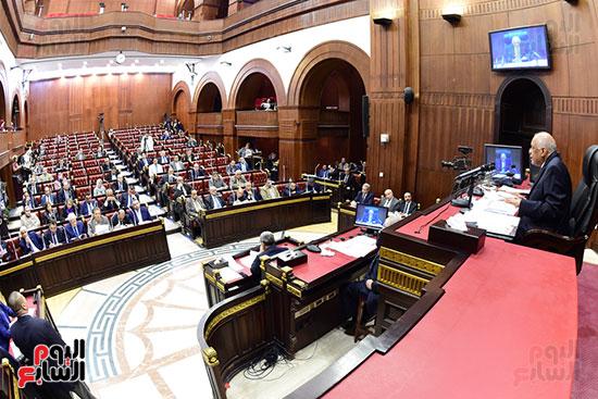 اجتماع لجنة الشئون الدستورية والتشريعية برئاسة الدكتور على عبد العال رئيس مجلس النواب (14)