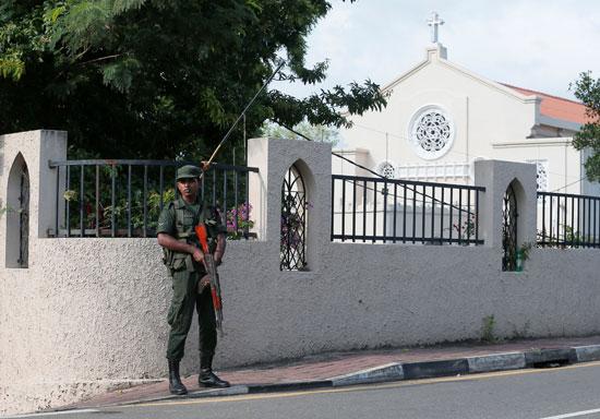 انطلاق أول صلاة بكنيسة فى سريلانكا بعد هجمات عيد الفصح (8)