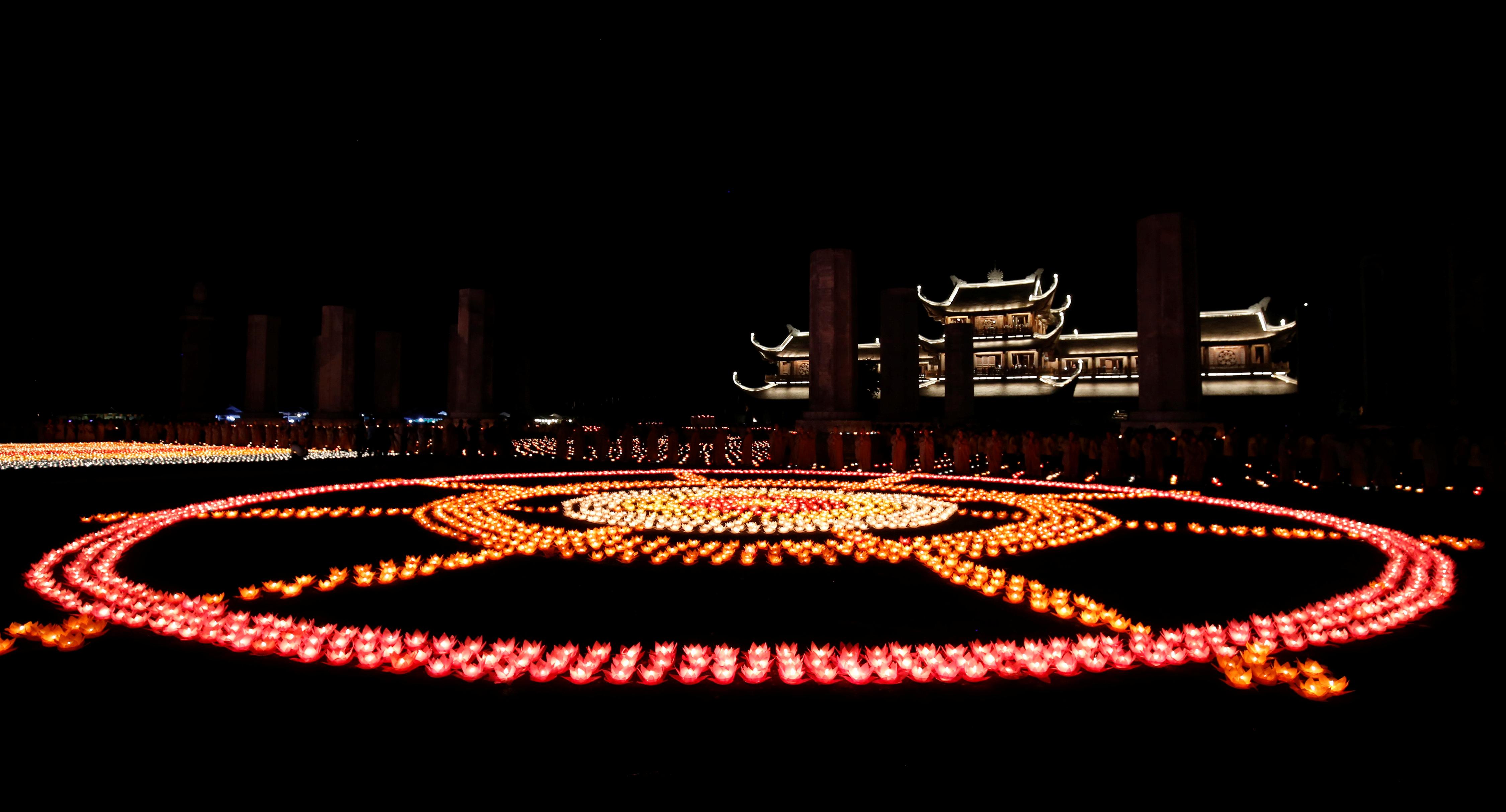 المهرجان الشعبى البوذى (2)