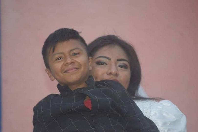 جوناثان وزوجته