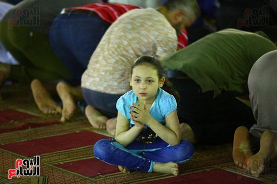 صلاة التراويح من مسجد عمرو بن العاص (24)
