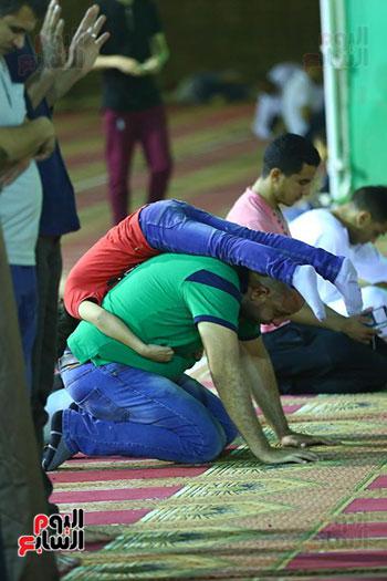 صلاة التراويح من مسجد عمرو بن العاص (22)
