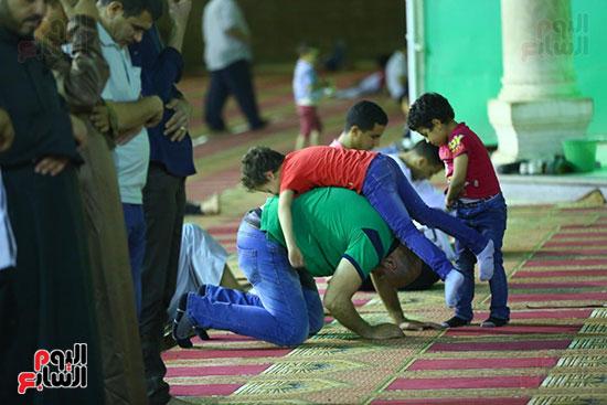 صلاة التراويح من مسجد عمرو بن العاص (19)