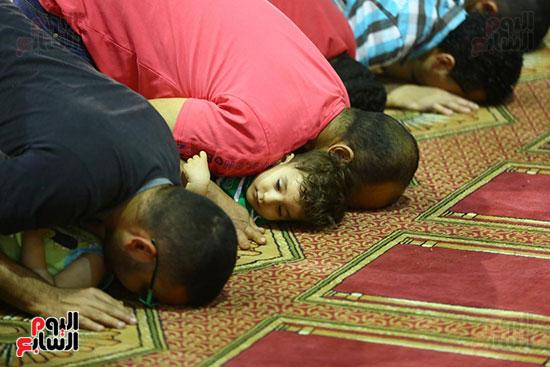 صلاة التراويح من مسجد عمرو بن العاص (27)