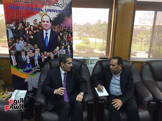 حوار-الزميل-السيد-فلاح-مع-رئيس-جامعة-قناة-السويس-(8)