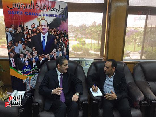 حوار-الزميل-السيد-فلاح-مع-رئيس-جامعة-قناة-السويس-(3)