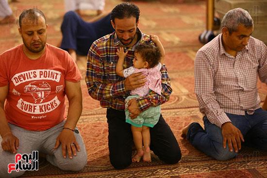 صلاة التراويح من مسجد عمرو بن العاص (20)
