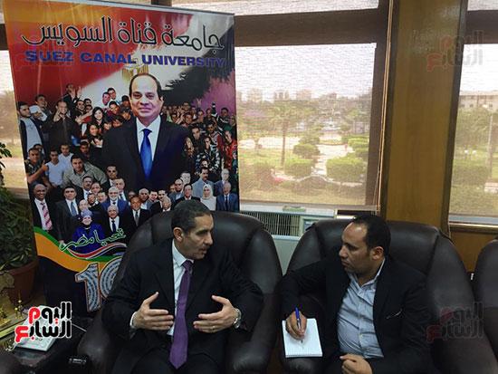حوار-الزميل-السيد-فلاح-مع-رئيس-جامعة-قناة-السويس-(9)