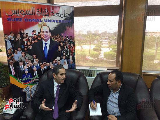 حوار-الزميل-السيد-فلاح-مع-رئيس-جامعة-قناة-السويس-(6)