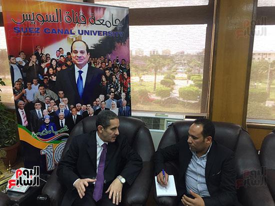 حوار-الزميل-السيد-فلاح-مع-رئيس-جامعة-قناة-السويس-(7)