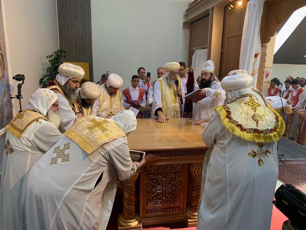 البابا تواضروس يدشن كنيسة العذراء والقديسة فيرينا بالعاصمة السويسرية زيورخ (8)