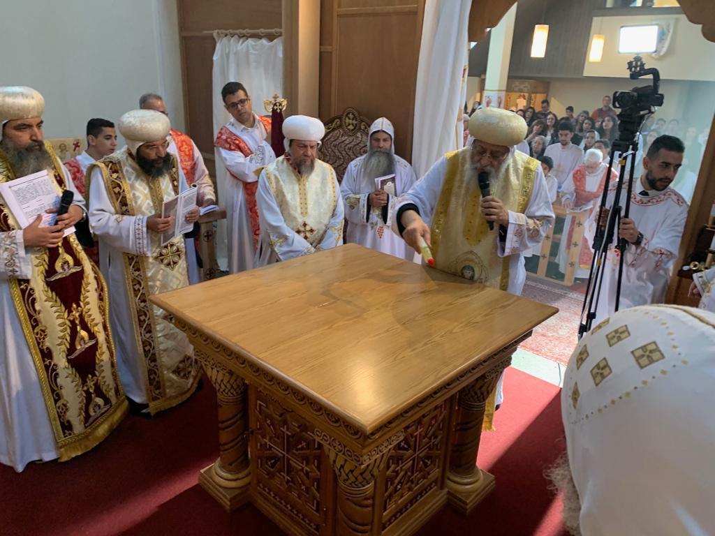 البابا تواضروس يدشن كنيسة العذراء والقديسة فيرينا بالعاصمة السويسرية زيورخ (4)