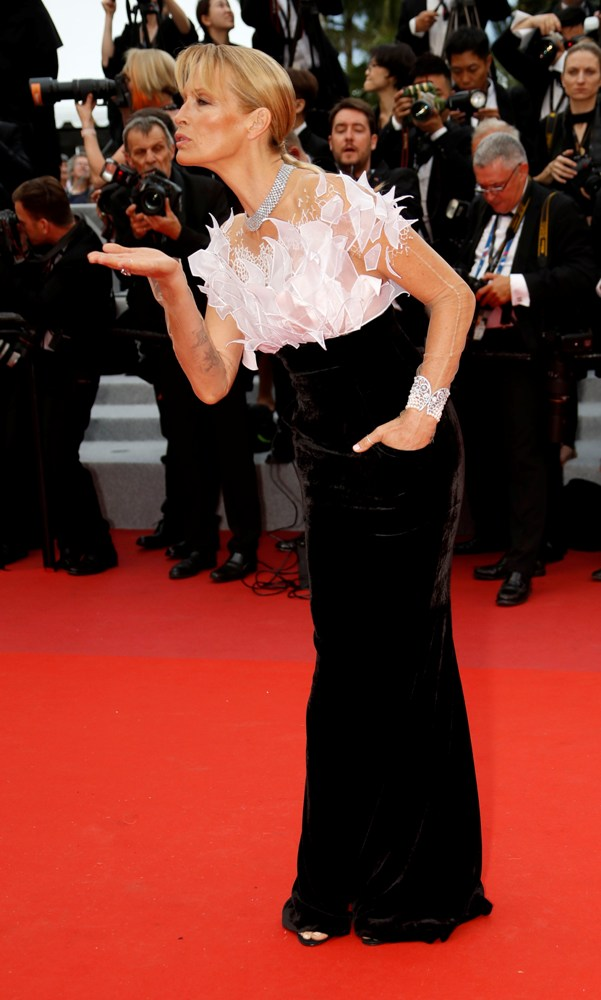 2019-05-14T170959Z_45747648_UP1EF5E1BON2V_RTRMADP_3_FILMFESTIVAL-CANNES-OPENING-RED-CARPET