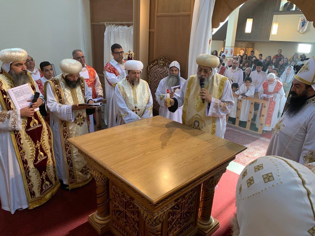 البابا تواضروس يدشن كنيسة العذراء والقديسة فيرينا بالعاصمة السويسرية زيورخ (1)