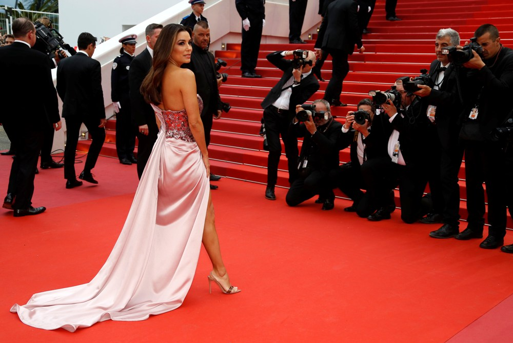 2019-05-14T170441Z_1111320676_UP1EF5E1BFT27_RTRMADP_3_FILMFESTIVAL-CANNES-OPENING-RED-CARPET