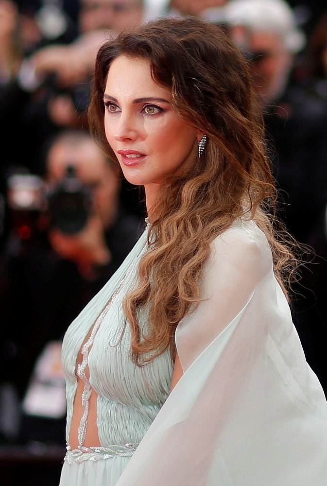 2019-05-14T164815Z_633131985_UP1EF5E1AOF0V_RTRMADP_3_FILMFESTIVAL-CANNES-OPENING-RED-CARPET